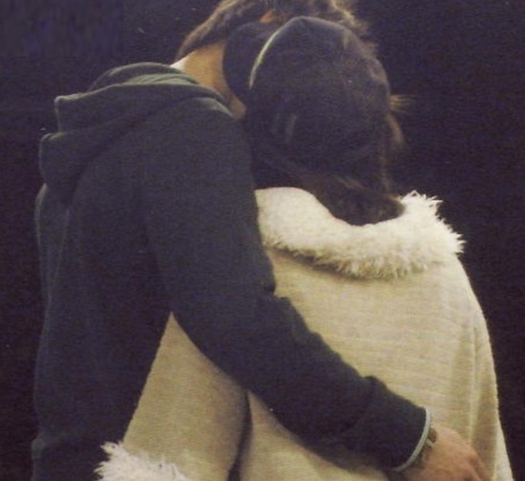 福原愛と錦織圭のキス写真