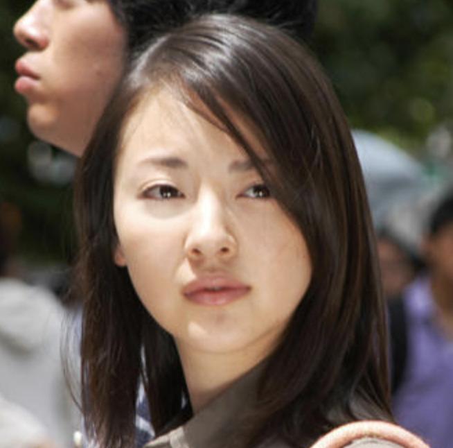 映画「見えないほどの遠くの空を」の岡本奈月