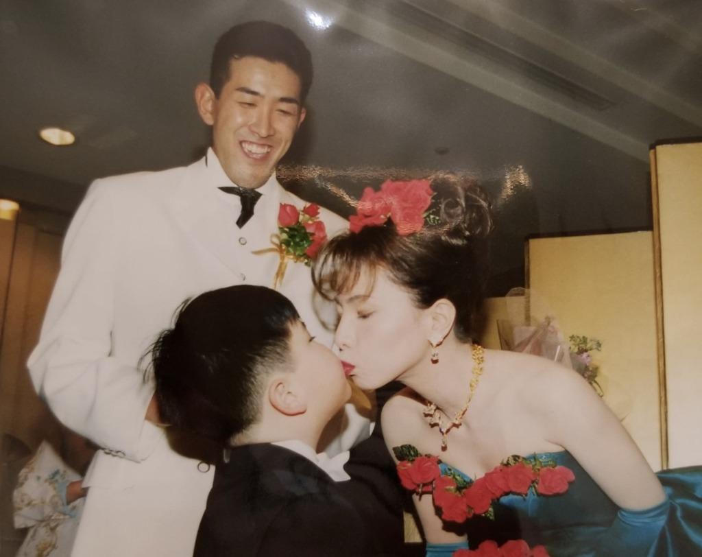 門倉健と民江の結婚式