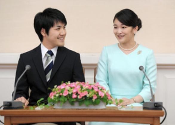 婚約内定の眞子さまと小室圭さん